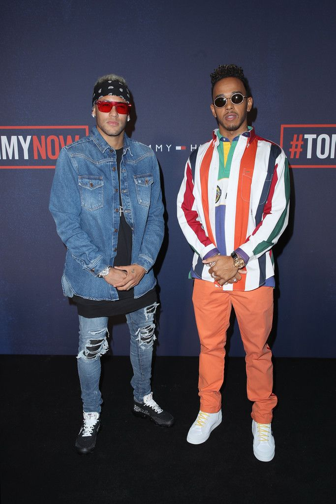 8d83e512e9373 Neymar   Lewis Hamilton attend the Tommy Hilfiger TOMMYNOW Fall 2017 Show  170919  Neymar  LewisHamilton