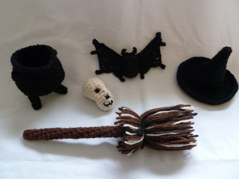 Crochet Bat Skull Cauldron Pattern pdf | crochet halloween | Pinterest