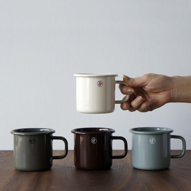 アウトドアでも日常使いでもおすすめの おしゃれな琺瑯のマグカップ アウトドア マグカップ キャンプ コップ