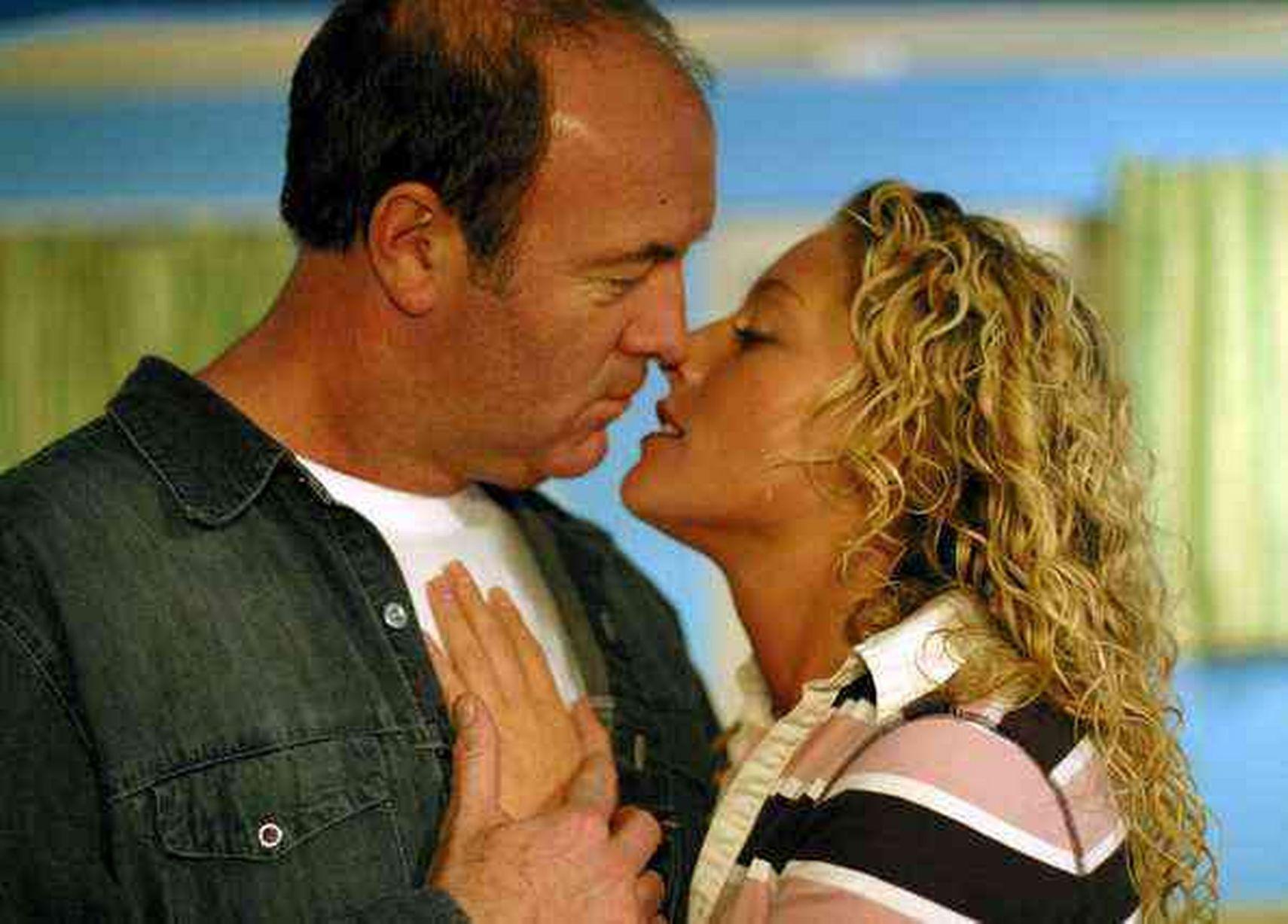 Brookside soap actors dating