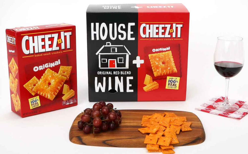 Kellogg Pairs Cheez It Crackers With House Wine In Combo Box Cheesy Crackers Cheez It Wine Snacks