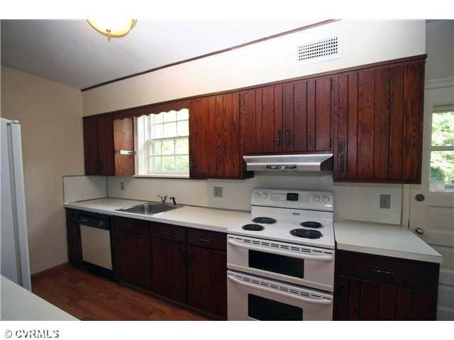 Our circa 1980s kitchen | Kitchen, Kitchen cabinets, Home ...