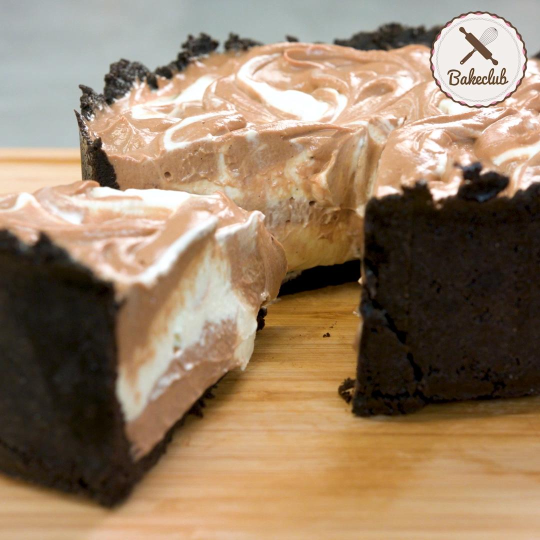 No bake Nutella Oreo Swirl Cake | BakeClub