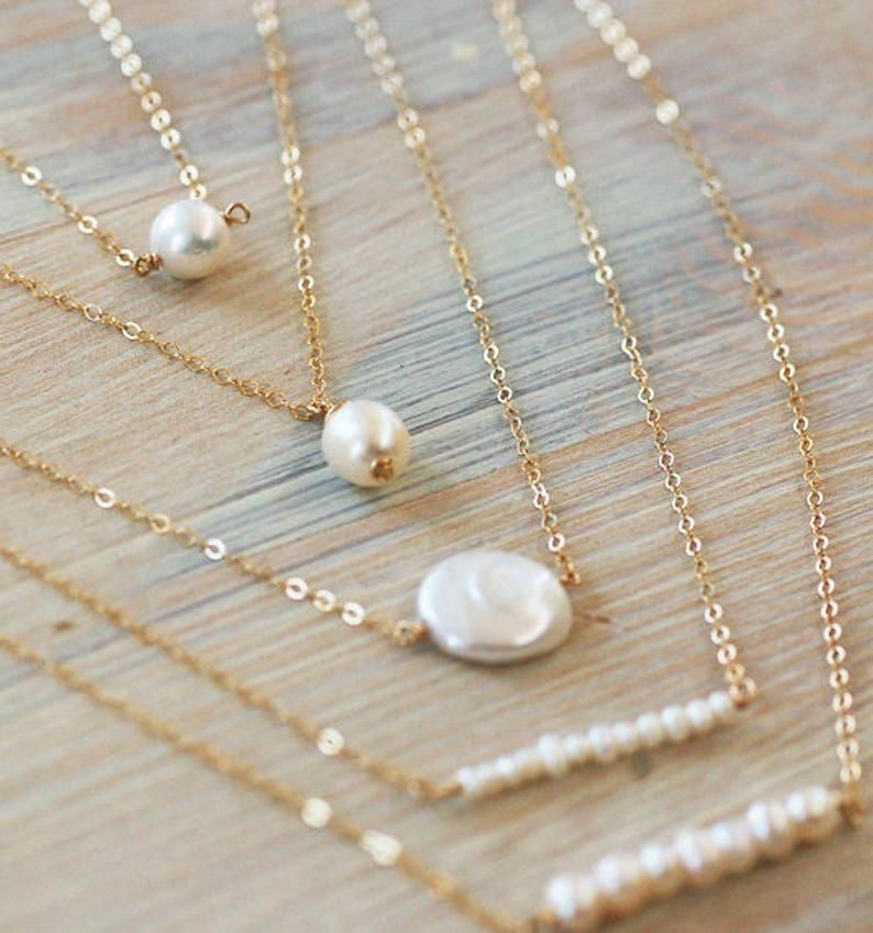 Dainty Minimalist Handmade Gift for Bridesmaids White Freshwater Pearl Bridesmaids Jewelry Set of 3 or 4 Single Pearl Necklace in Gold