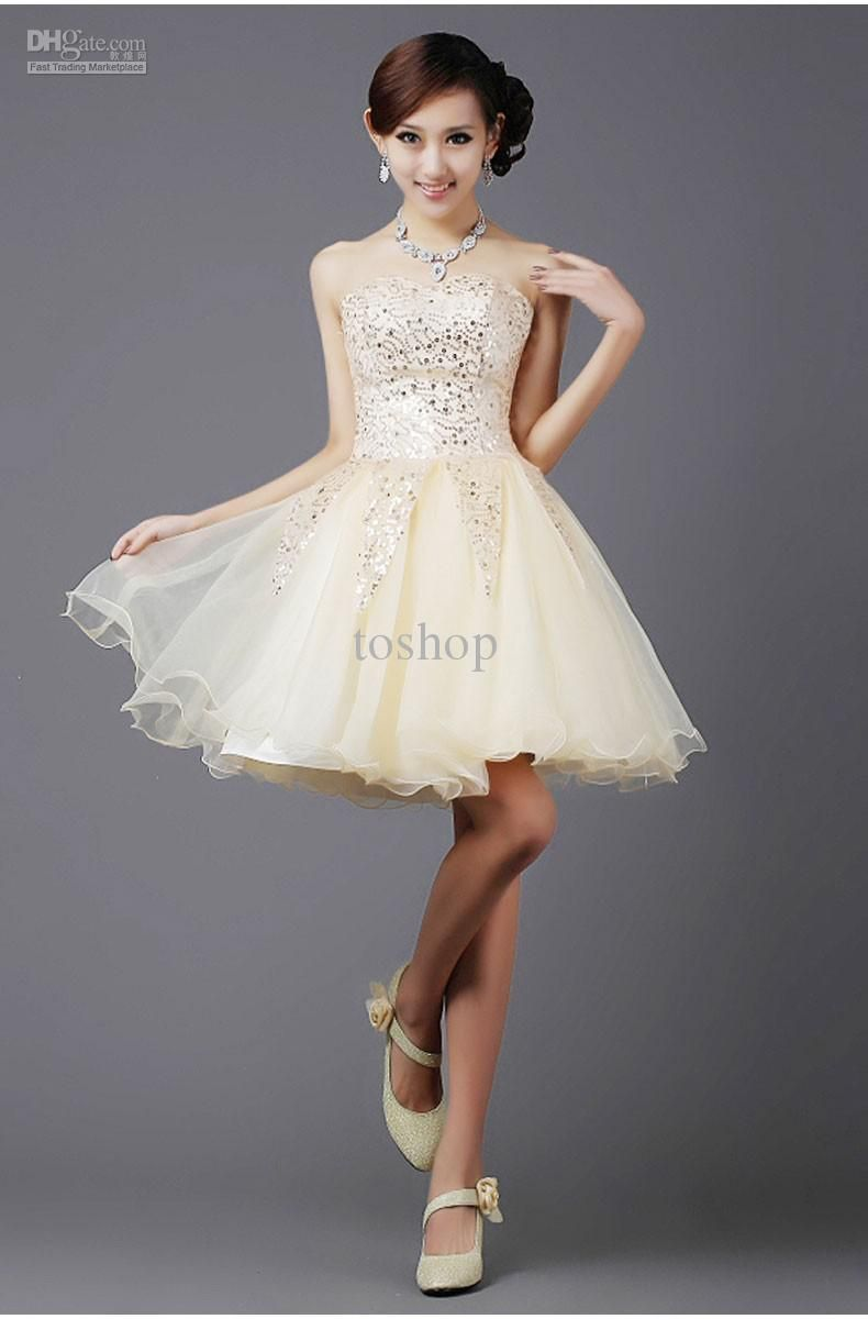 I found some amazing stuff, open it to learn more! Don't wait:https://m.dhgate.com/product/2015-champagne-new-arrival-short-wedding/214338822.html