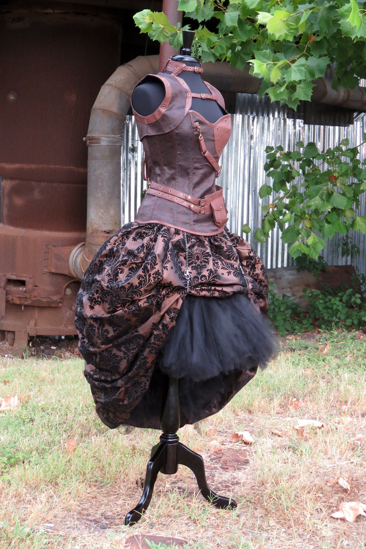 148b68494f Gothic Hi Low tulle SKIRT with Bustle Over-skirt for Halloween Costume.  Steampunk warrior princess or elven queen. Elf warrior, Xena. by  SweetDreamsTutus on ...