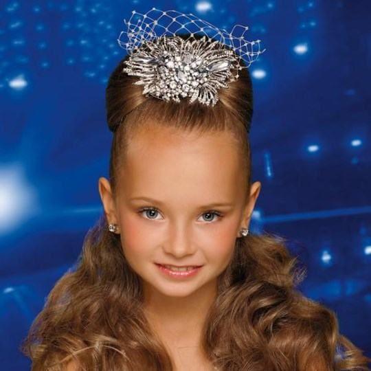 Детские прически для девочек с распущенными волосами фото