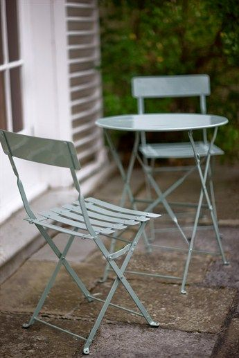 al brought home a bistro set like this from work the other day