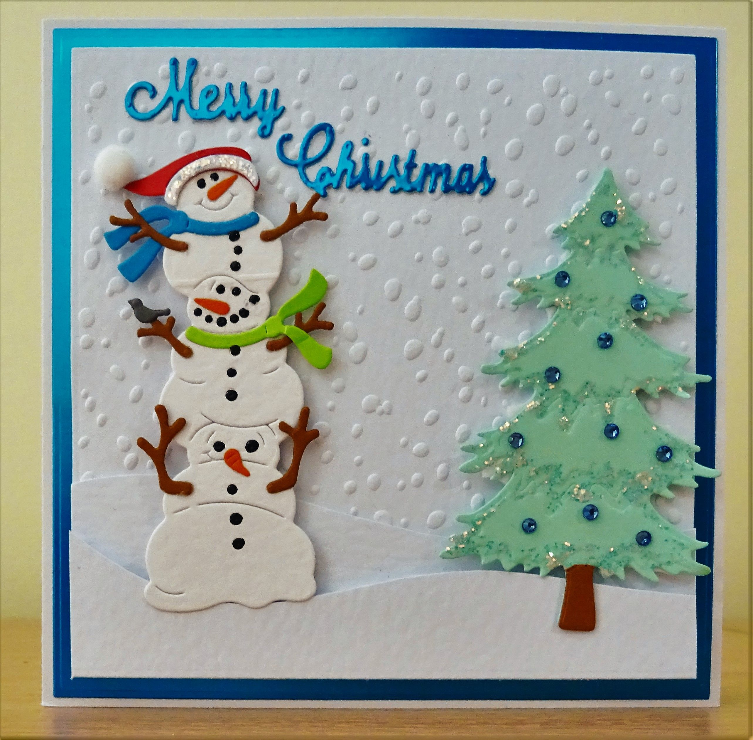 X054 Hand made Christmas card using Cottage Cutz Snowman die and ...