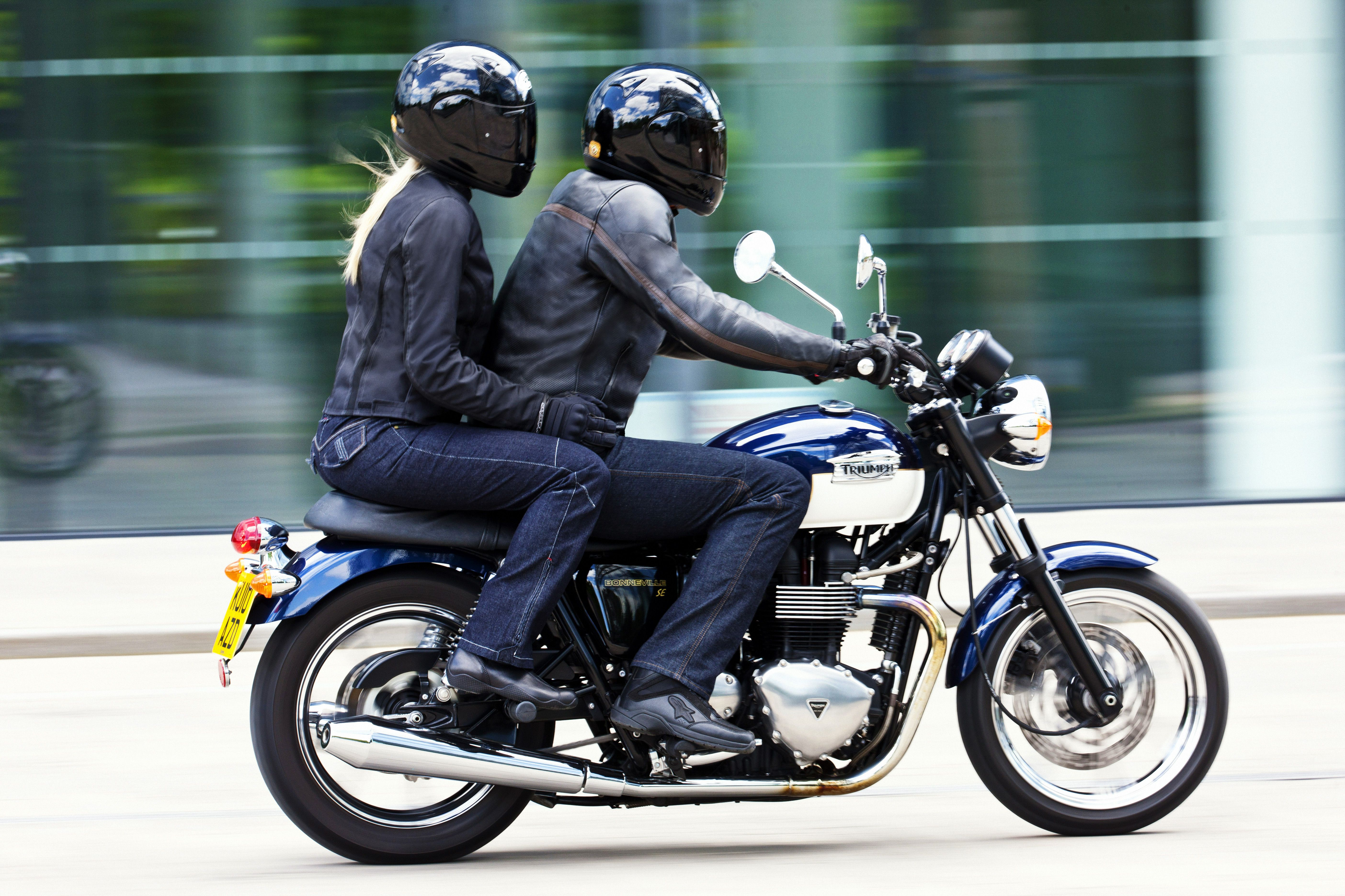Honda CD125 Brat Style Cafe Racer (With images) | Cafe