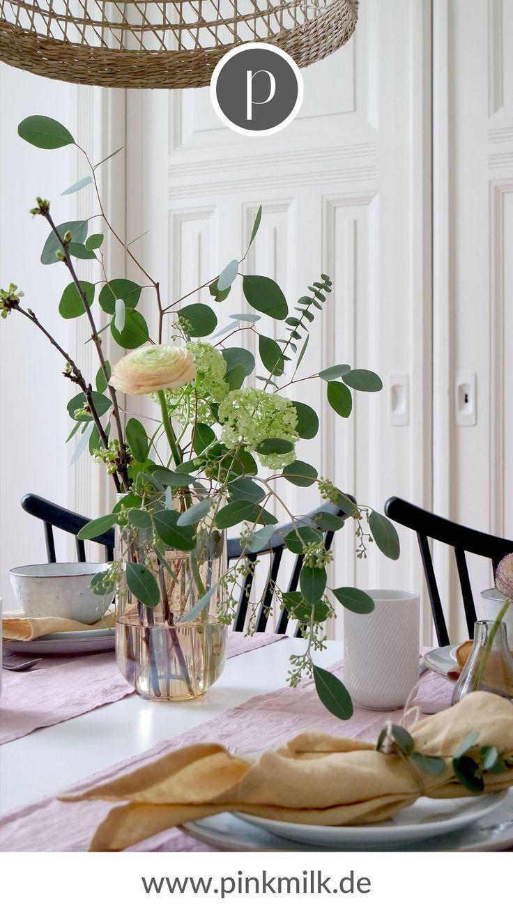 Ein wunderbar gedeckter Tisch ist ein Muss für jede Hochzeit. Ob klassische  #T... #tischeindecken Ein wunderbar gedeckter Tisch ist ein Muss für jede Hochzeit. Ob klassische  #T...  #ein #für #gedeckter #Hochzeit #ist #jede #klassische #muss #Tisch #wunderbar #Tisch eindecken #tischeindecken