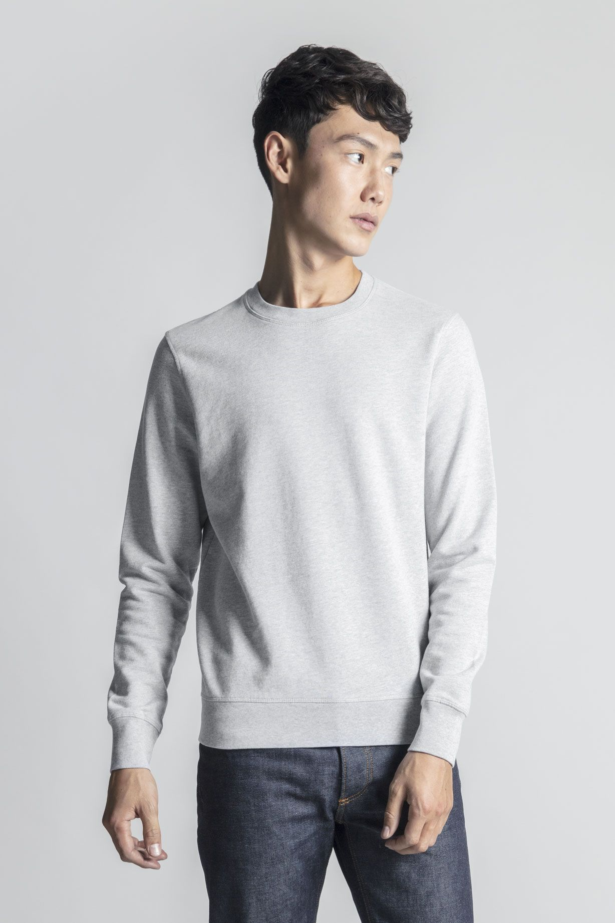 The Asket Sweatshirt A Minimal Take On The Classic Crew Neck Sweatshirt Premium Quality Egyptian Cotton Lo Sewing Men Long Sleeve Tshirt Men Mens Sweatshirts [ 1842 x 1228 Pixel ]