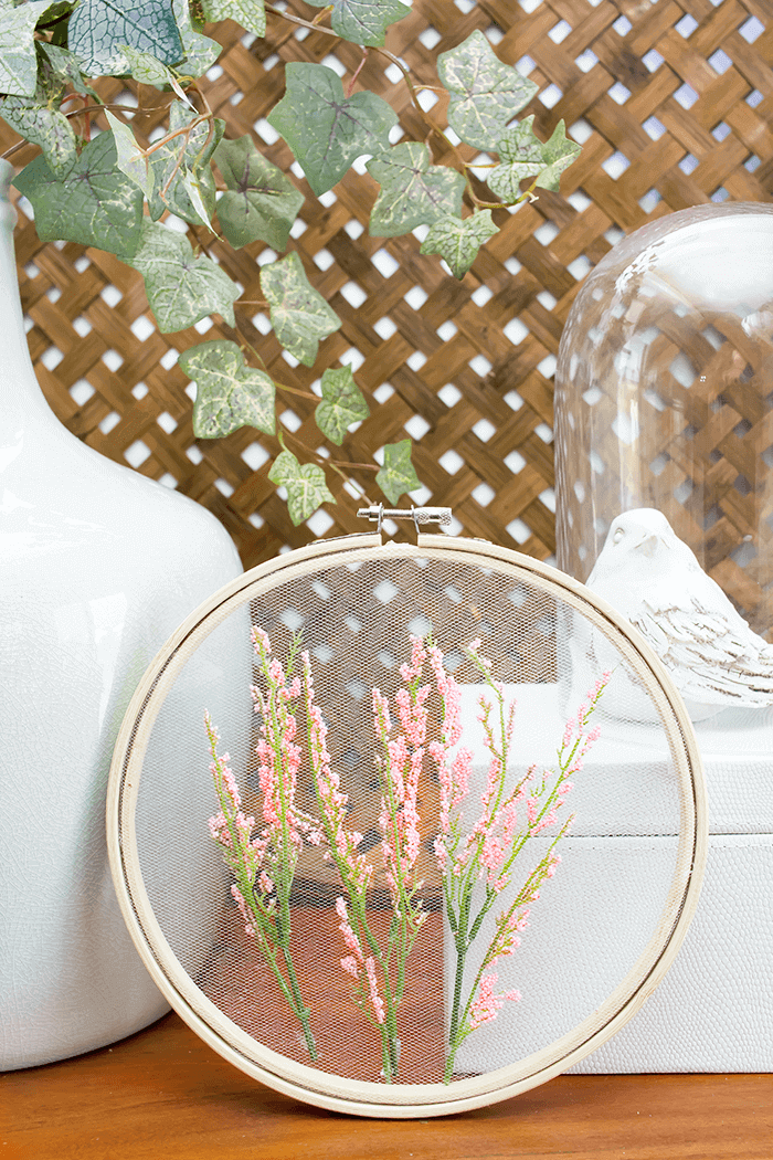 How To Make Embroidery Hoop Art Using Tulle | DIY