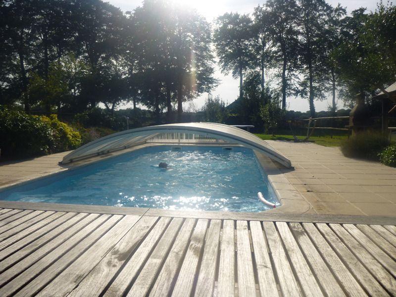 Nichée dans un écrin de verdure, le gîte des Oliviers à Gruchet-la - location villa piscine couverte chauffee