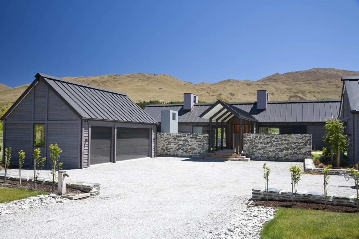 House design by michael wyatt architect otago newzealand for Modern new zealand homes