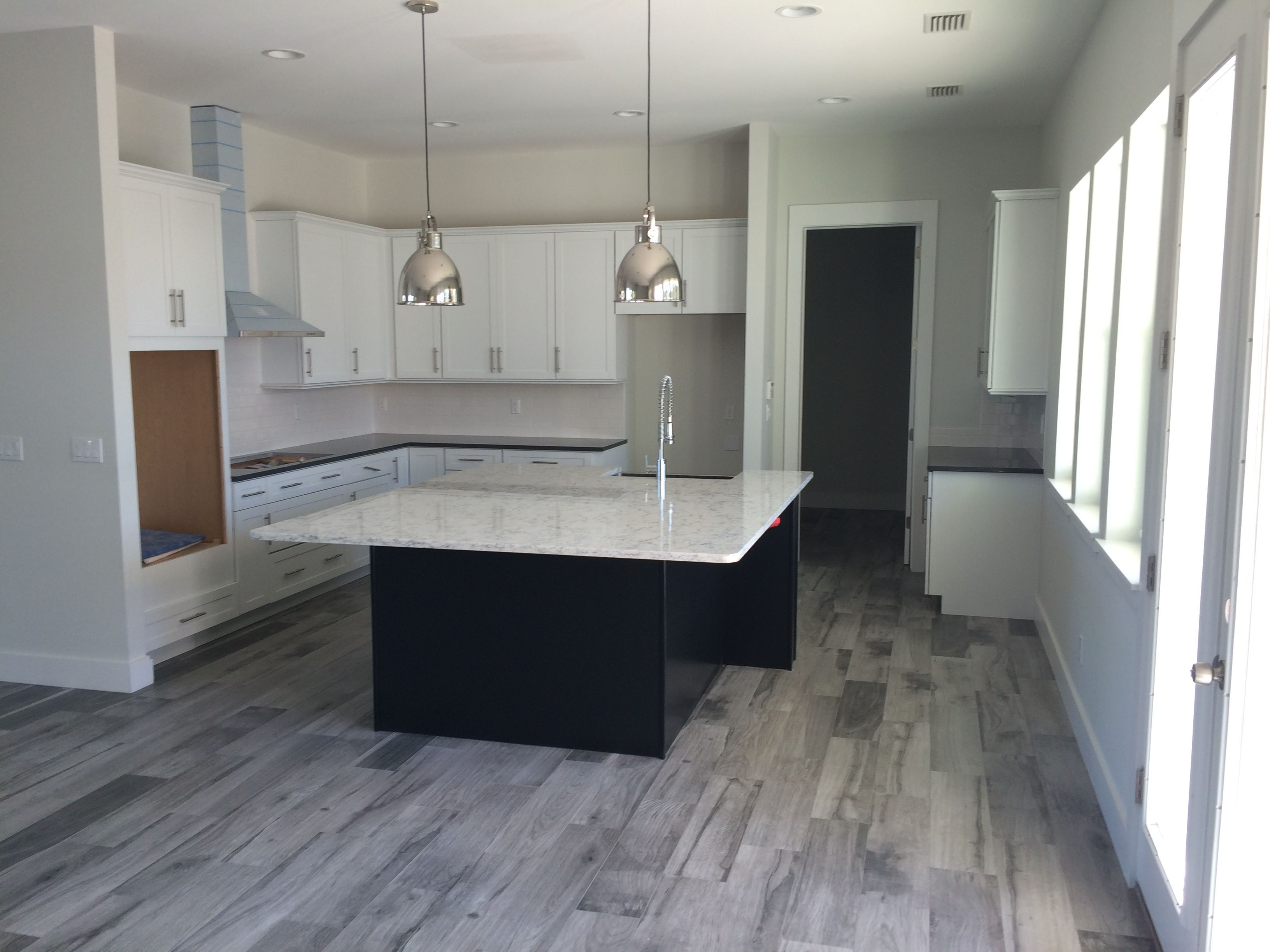 Paul 8x32 Wood Looking Tile2 Jpg 3264 2448 Wood Tile Floor Kitchen Wood Tile Kitchen Kitchen Tiles