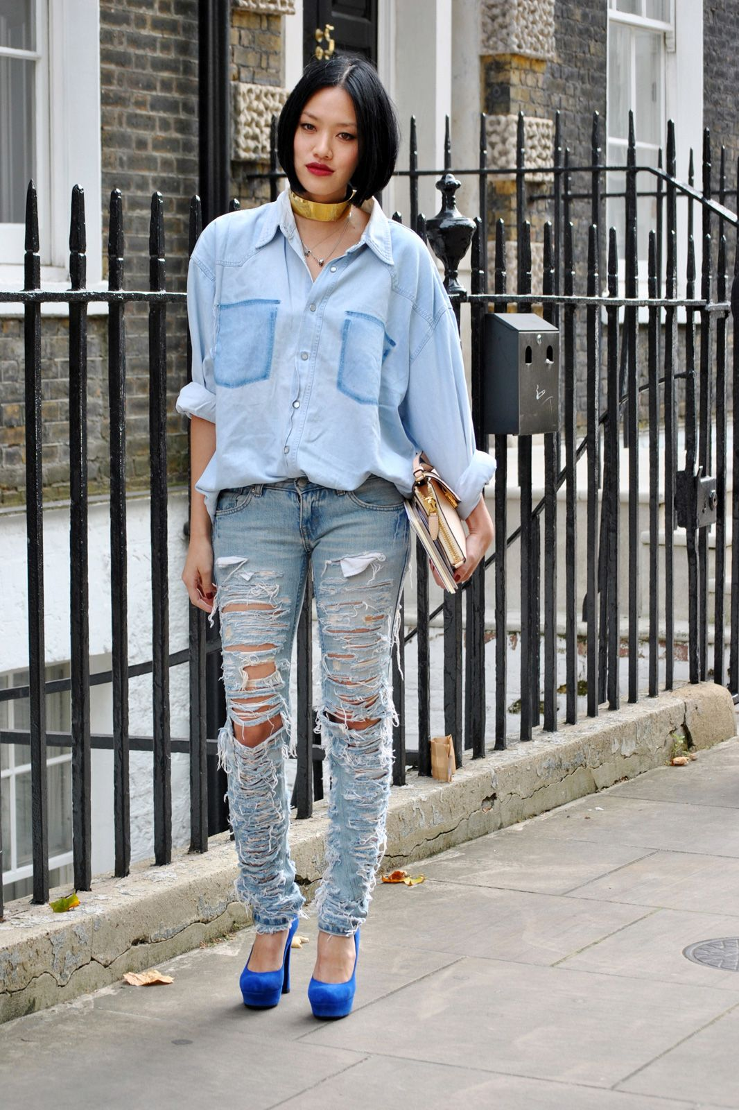 Daring and fashionable - jeans with holes 23