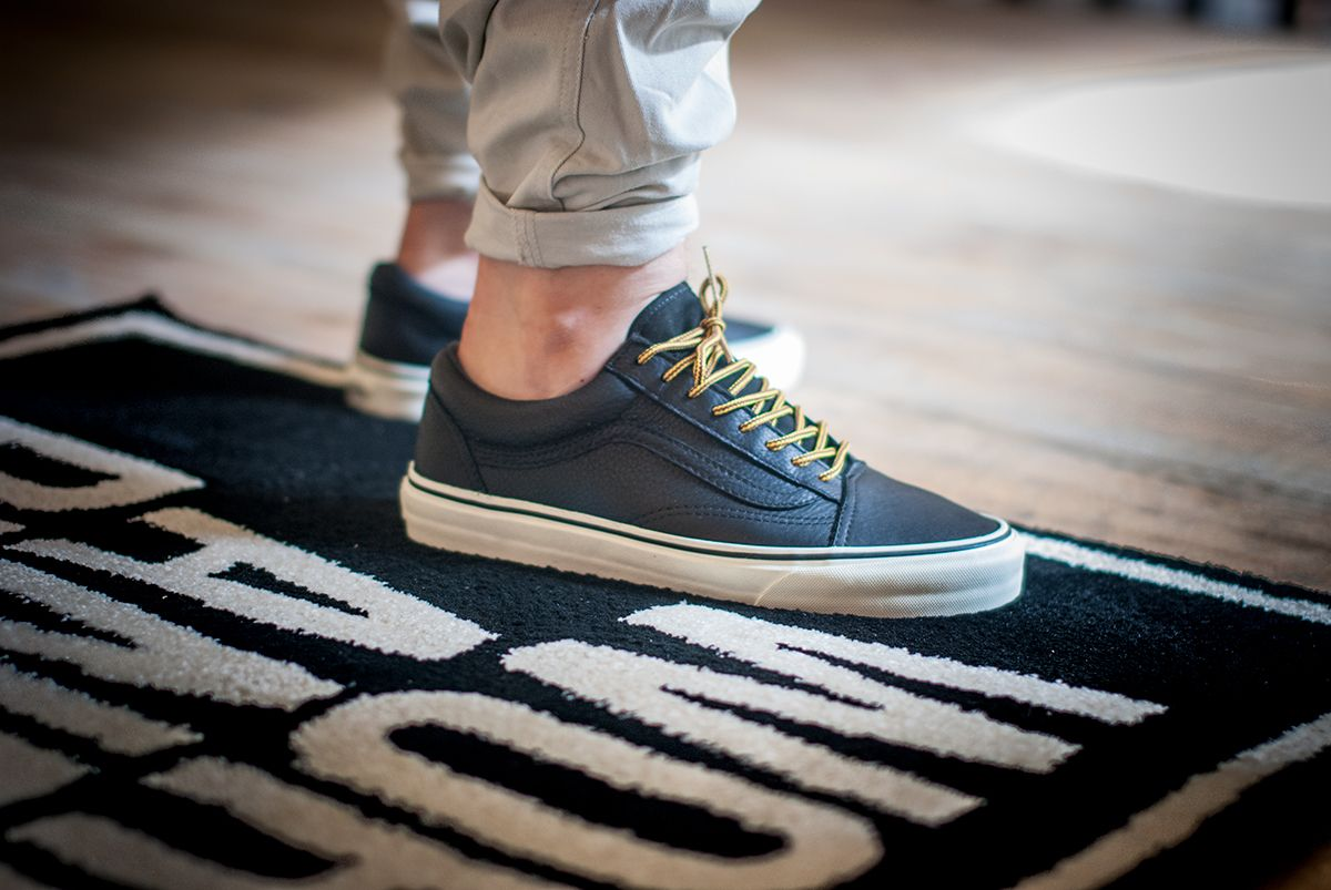 dbe84a6f39 Vans Old Skool Reissue CA - Black Vanilla Ice