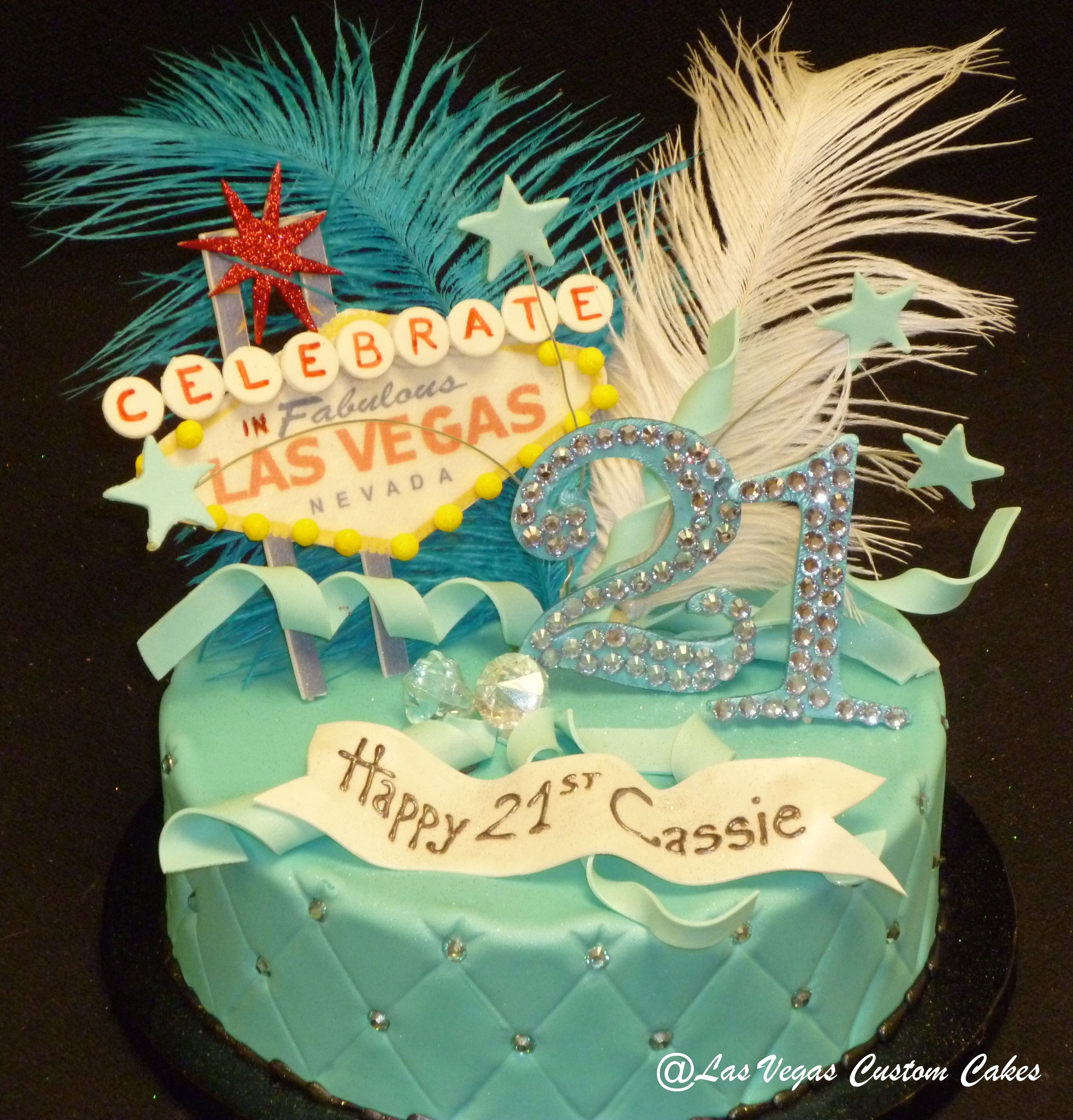 Cool fascinating las vegas birthday cakes