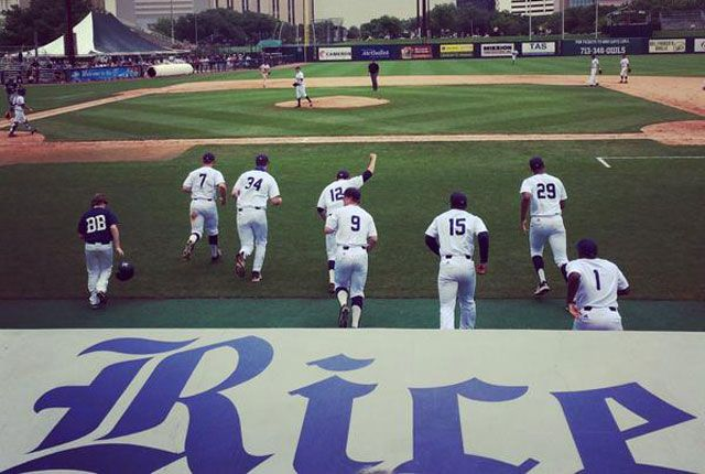 Owls Baseball Wins 20th Straight Conference Title Baseball Athletics Baseball Baseball Field