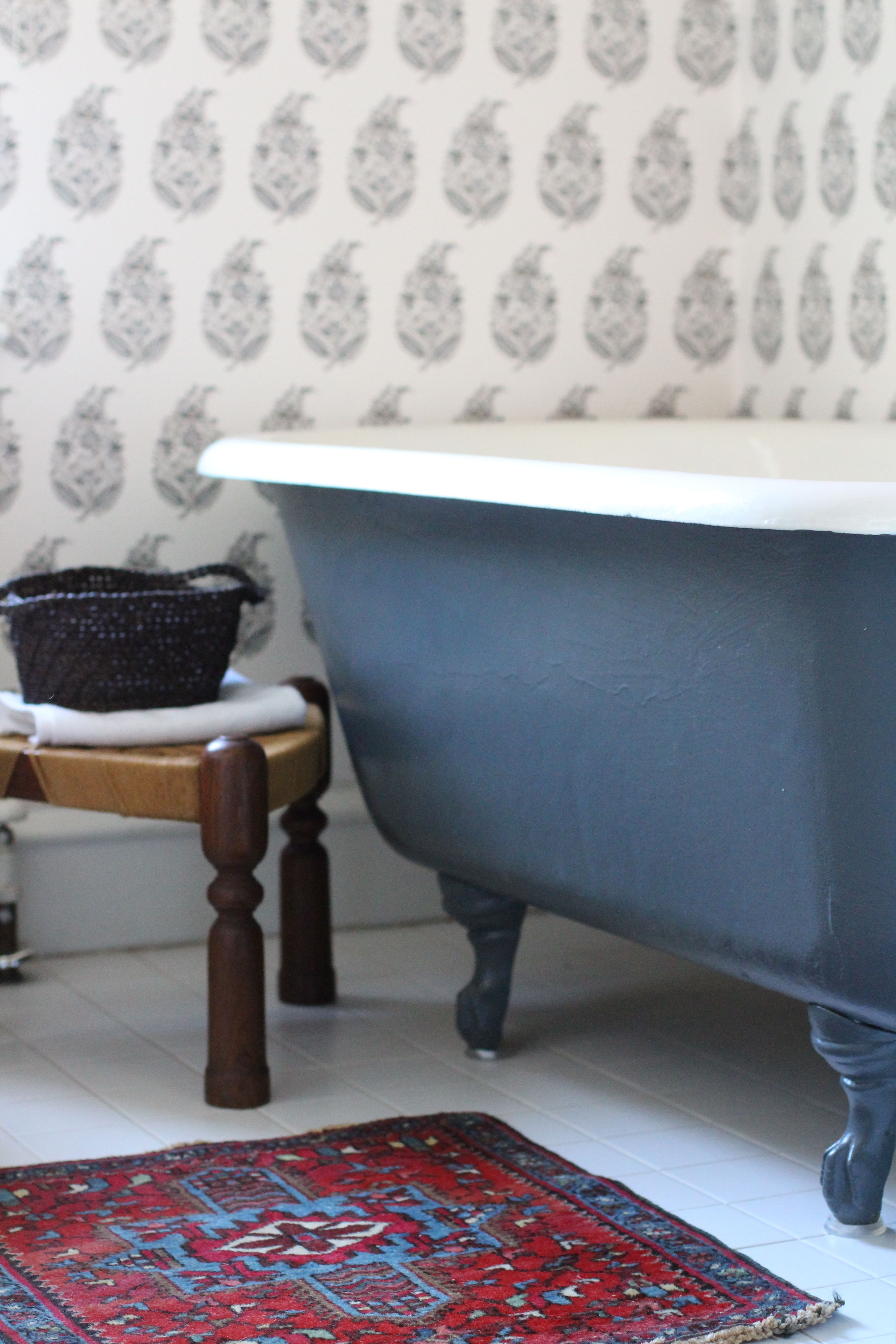 kelly g. robson design Like the traditional look with wallpaper ...