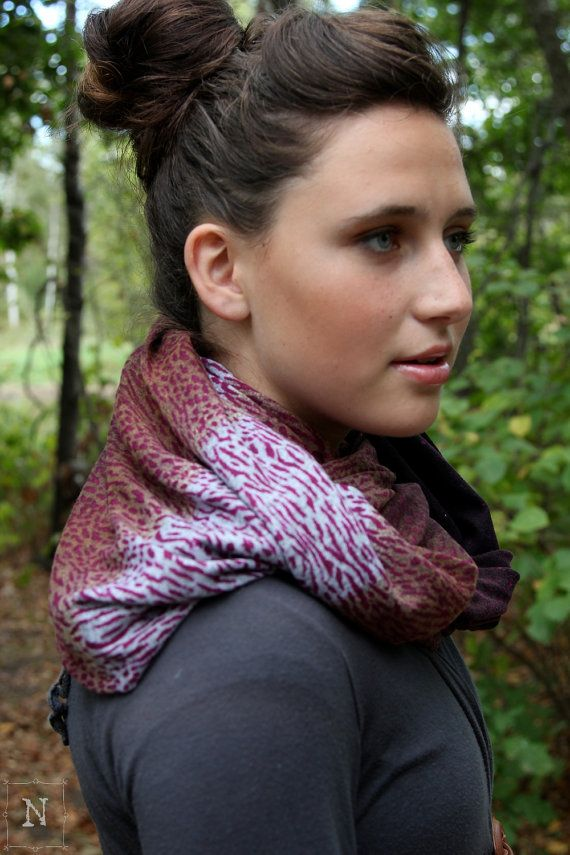 Chunky Sweater Knit Scarf   Purple Infinity Scarf  by Northernly - www.livenothernly.com/go Kenzie!!! Pinterest famous!!!
