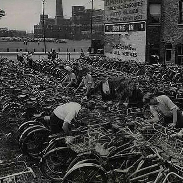 Students' bike parking lot at Lane Tech, 1938, Chicago > http://ow.ly/XXBAI #ChicagoHistory #BikeHistory #TBT