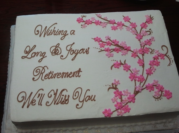 Beautiful Gifts For Mom Birthday: Retirement Cake For My Beautiful Mom