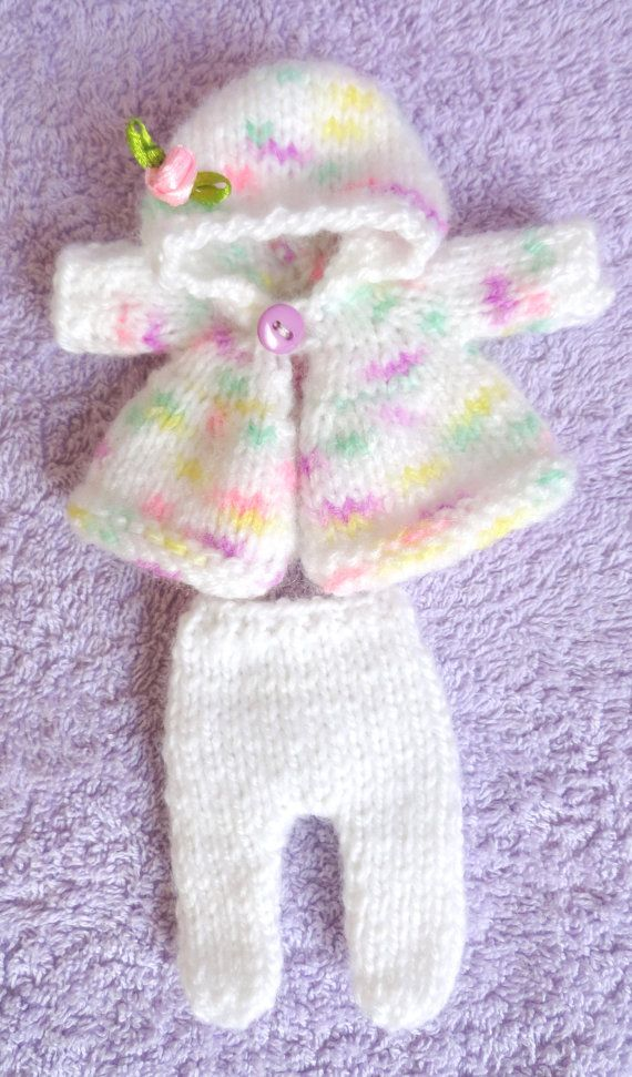 Hand Knitted Dolls Clothes for 8\