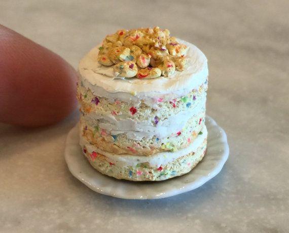 Miniature Dollhouse Confetti Birthday Layer Naked Cake Momofuku Milk Bar 112 Scale