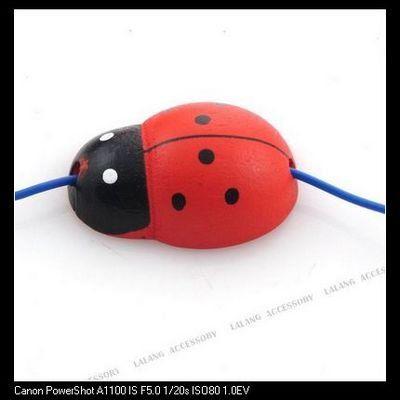 180 pçs/lote de madeira vermelho e preto Beetle Spacer Beads Finding 2.5 mm 160178(China (Mainland))