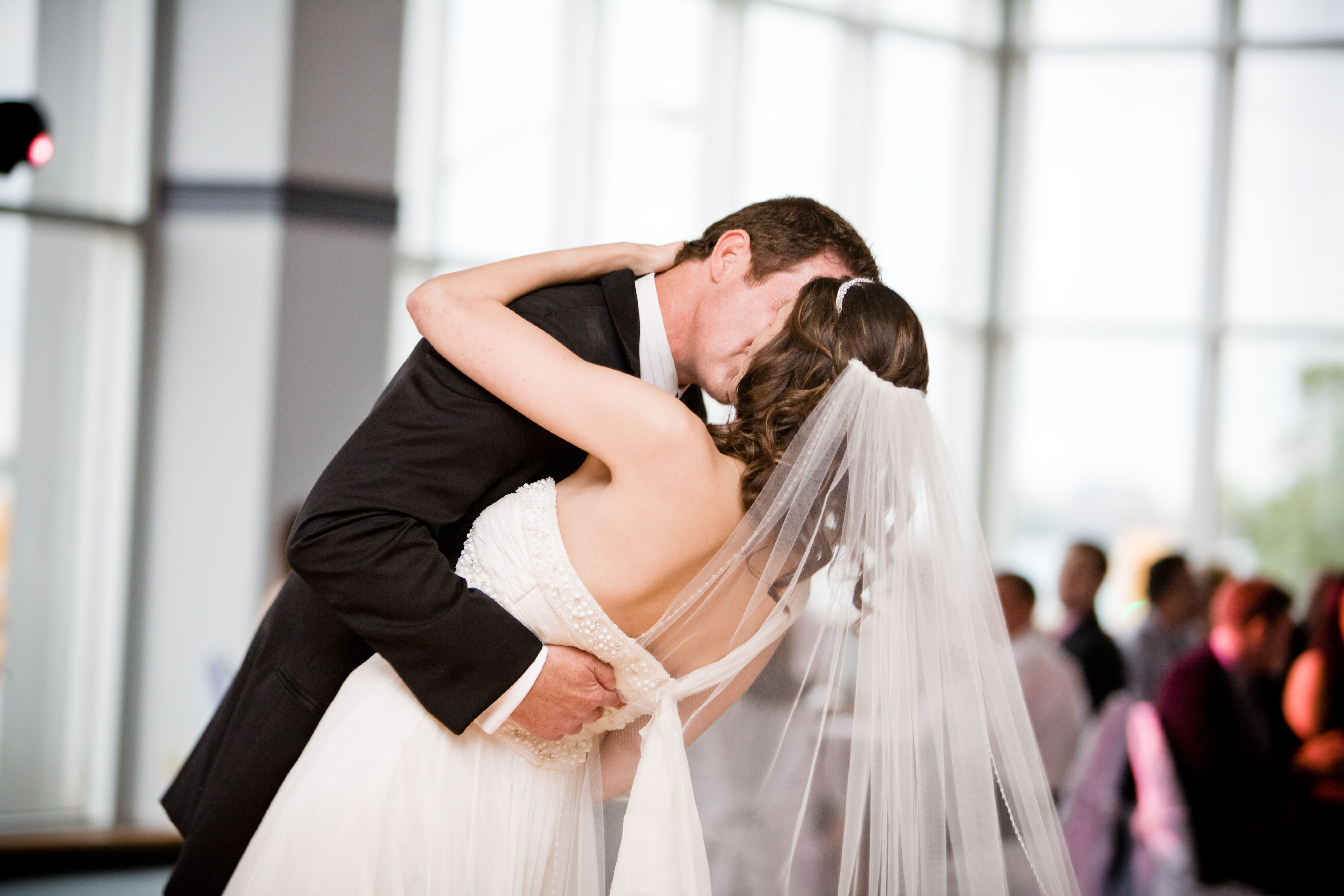 Top 10 First Dance Wedding Songs According To Spotify Cherryocean