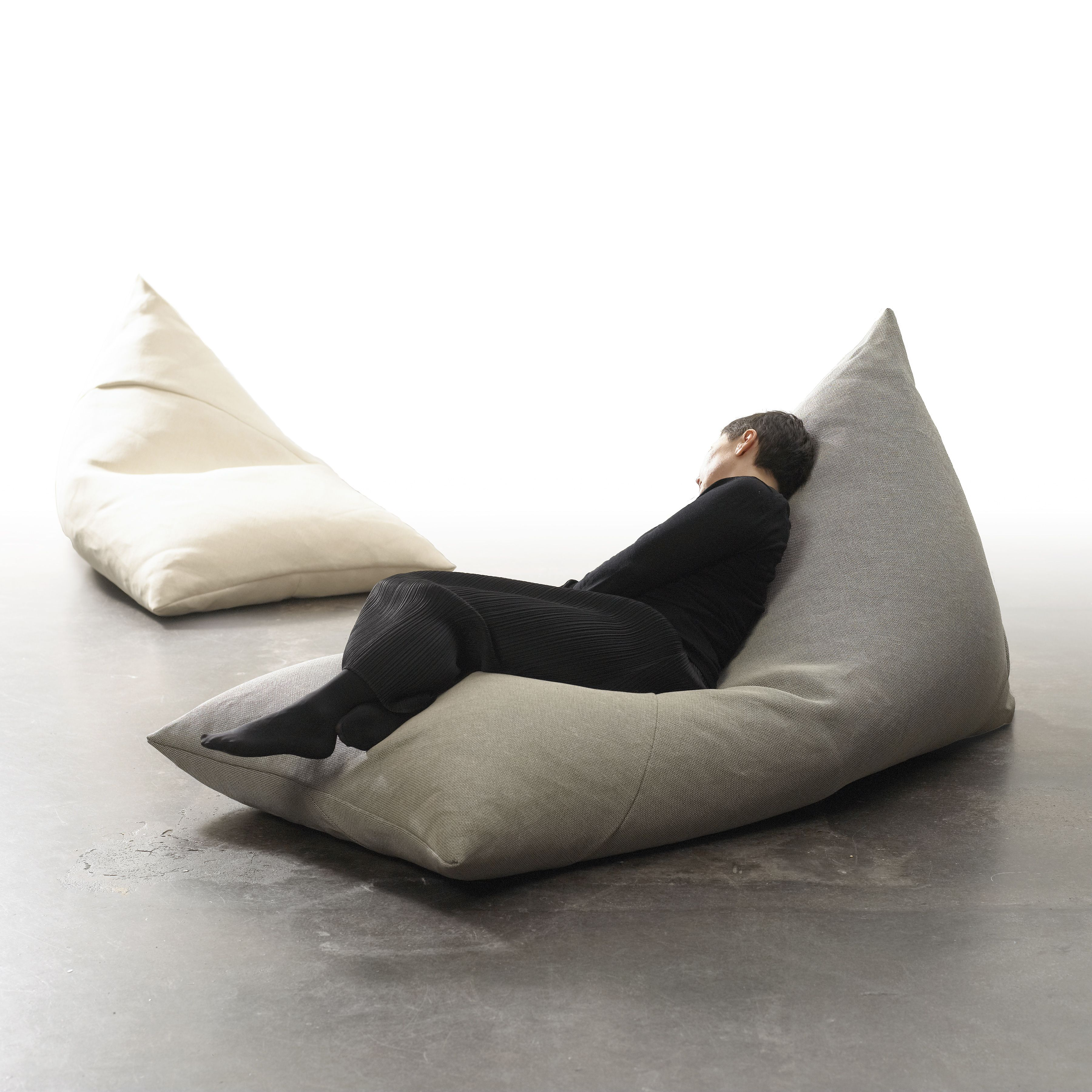 Soft But Sturdy Roo Lounge Chair Bean Bag Chair Is Designed For Casual Relaxed Seating Roo Is Longer And Bean Bag Chair Lounge Design Lounge Chair Design