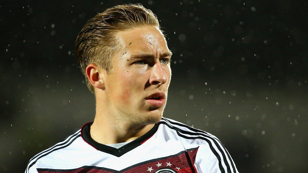 Have Borussia Dortmund Found A New Marco Reus In Felix Passlack Felix Borussia Dortmund International Football