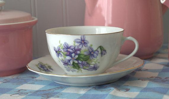 Mid century, Japanese bone china teacup set by 2ndhandchicc