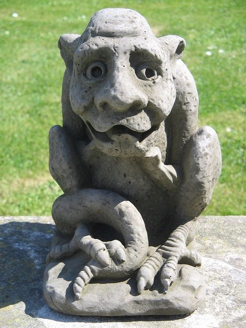 Gargoyle (C) garden statue Art Pinterest Gardens, Garden