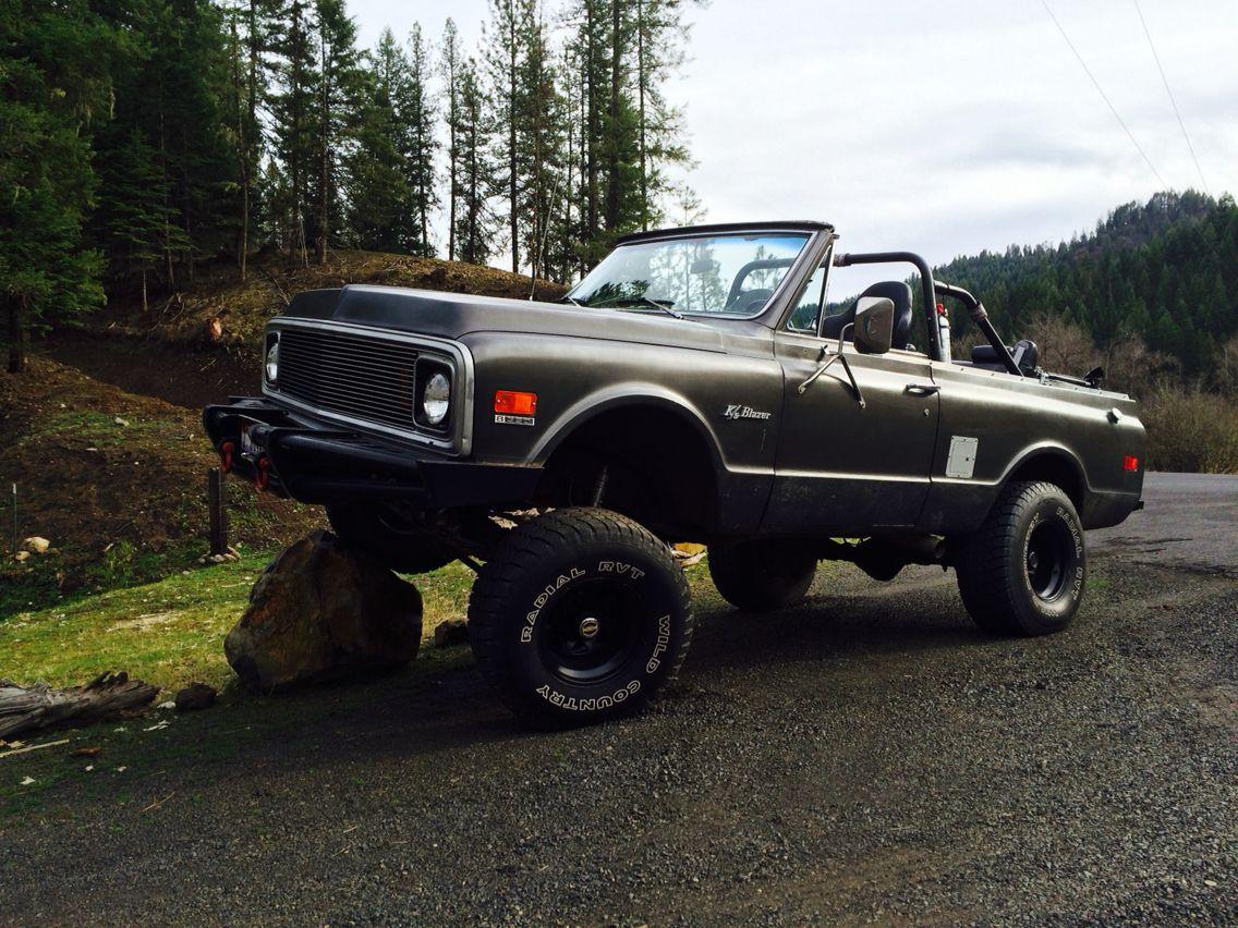 1971 K5 Blazer With 6 Lift 33 Tires Chevy Blazer K5 K5