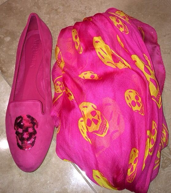 Pink goodies! A.McQueen! <3