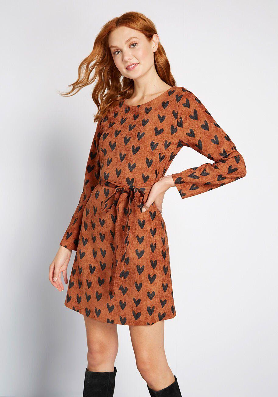 A Little Heart To Heart Corduroy Dress In 2020 Corduroy Dress Dresses Suede Mini Dress [ 1304 x 913 Pixel ]