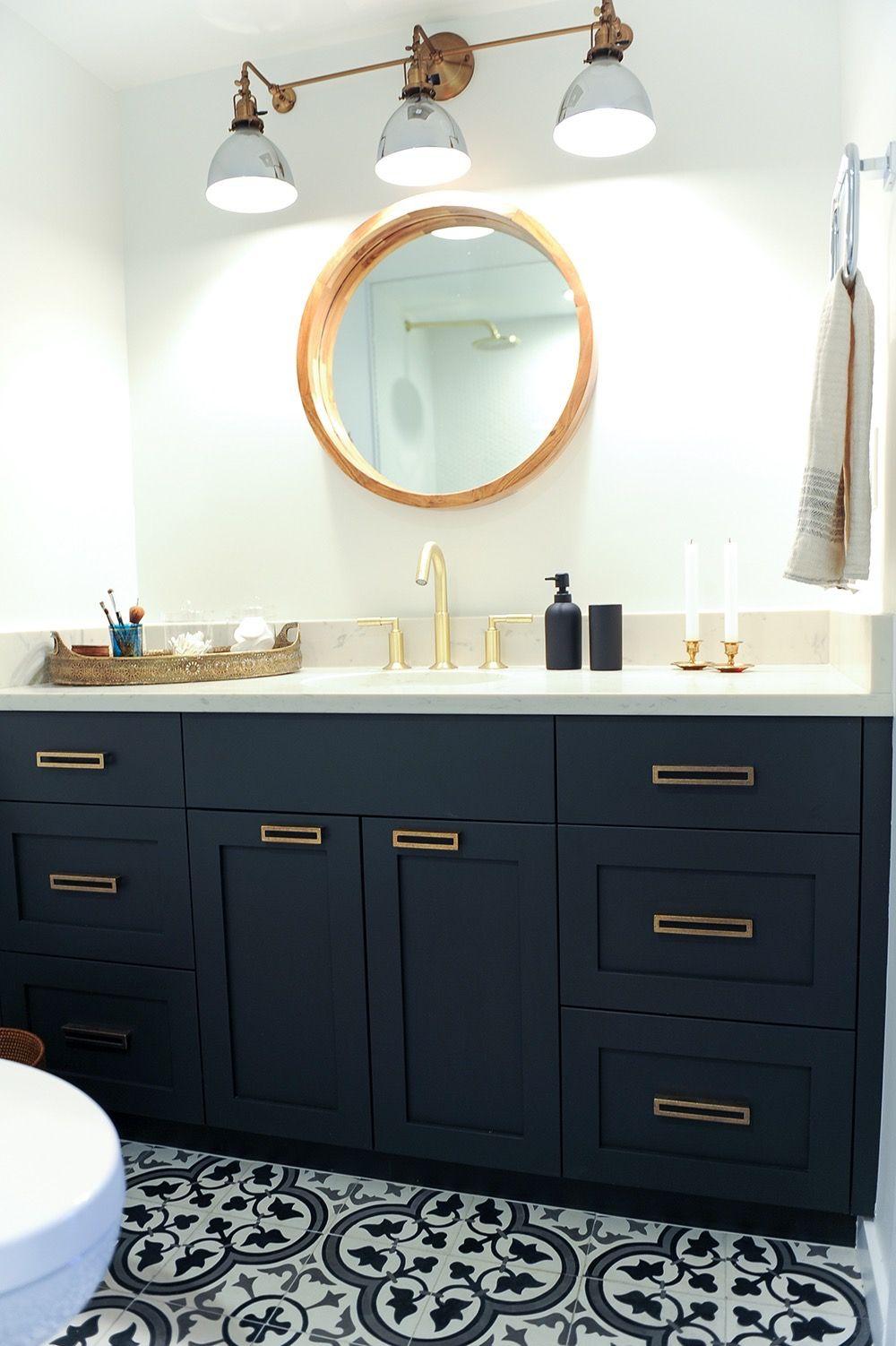 California Eclectic Bathroom