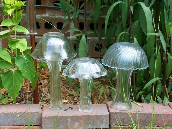 Recycled Glass Mushroms For The Garden Glass Garden Art Yard Art Glass Garden