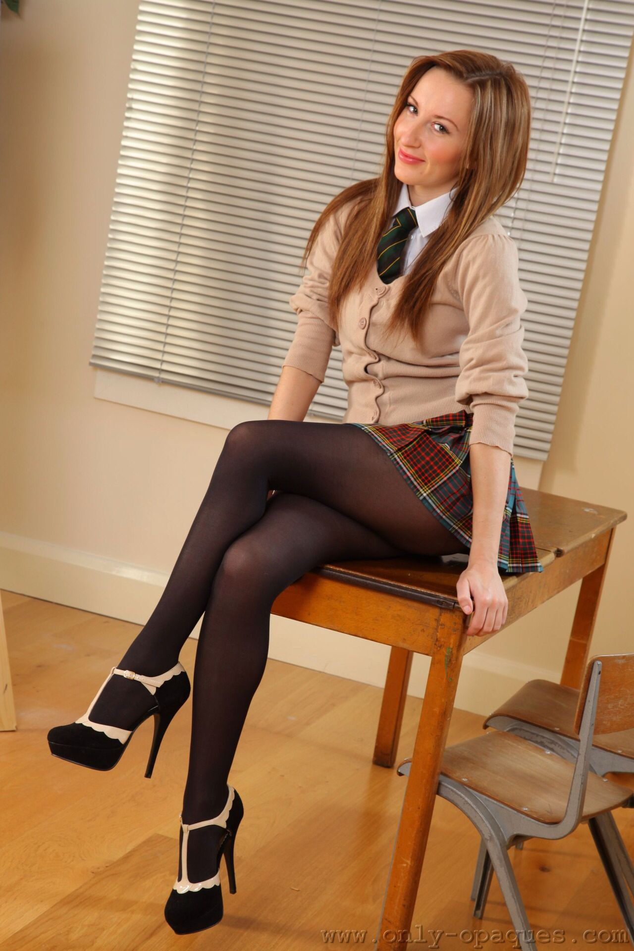 pantyhose-in-uniform-tamil-nude-girls-asses