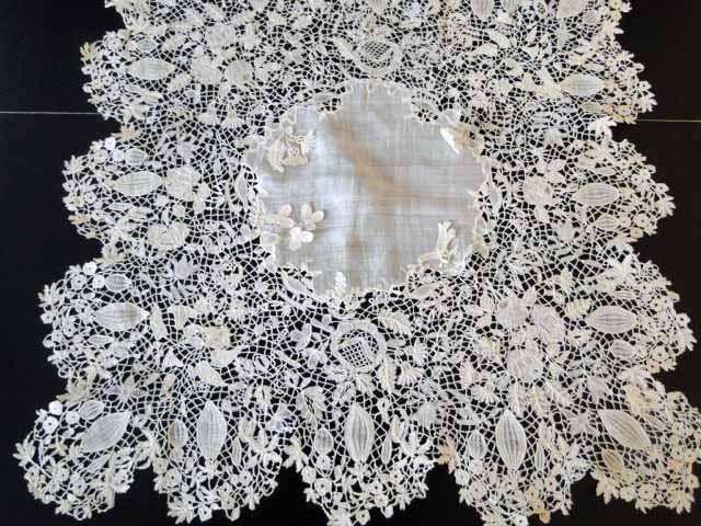 Antique Lace, Linens-Vintage Clothing-Textiles-Fans-Stella Niforos-New York: Antique Lace: Handkerchiefs
