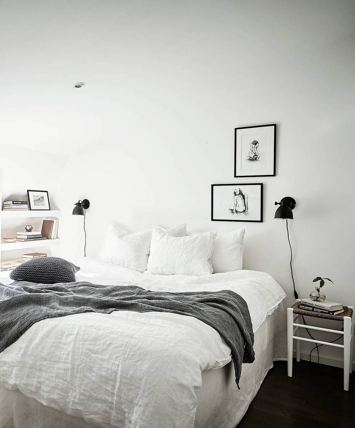 Small Stylish Attic Apartment   COCO LAPINE DESIGN. Skandinavisch Wohnen,  Schlafzimmer ...
