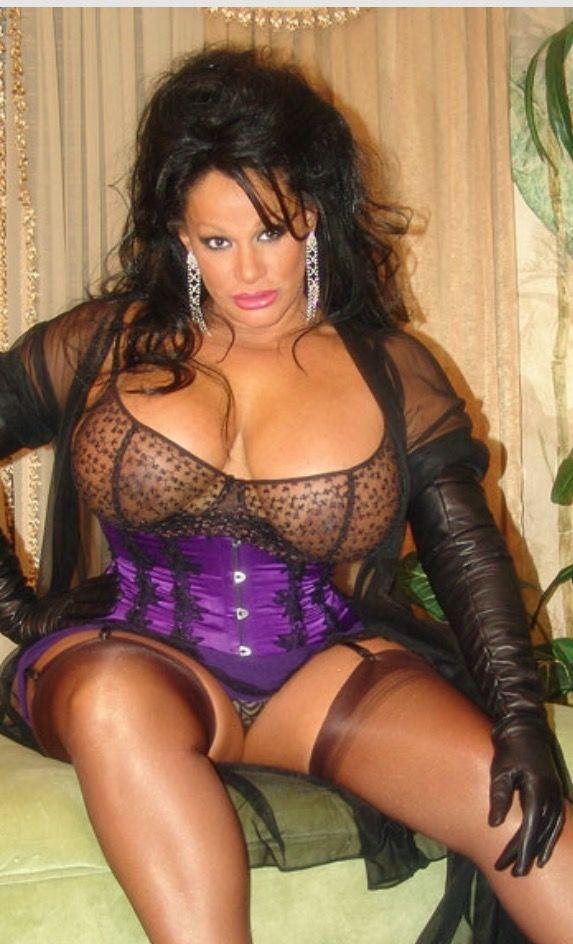 Big boobs latina webcam