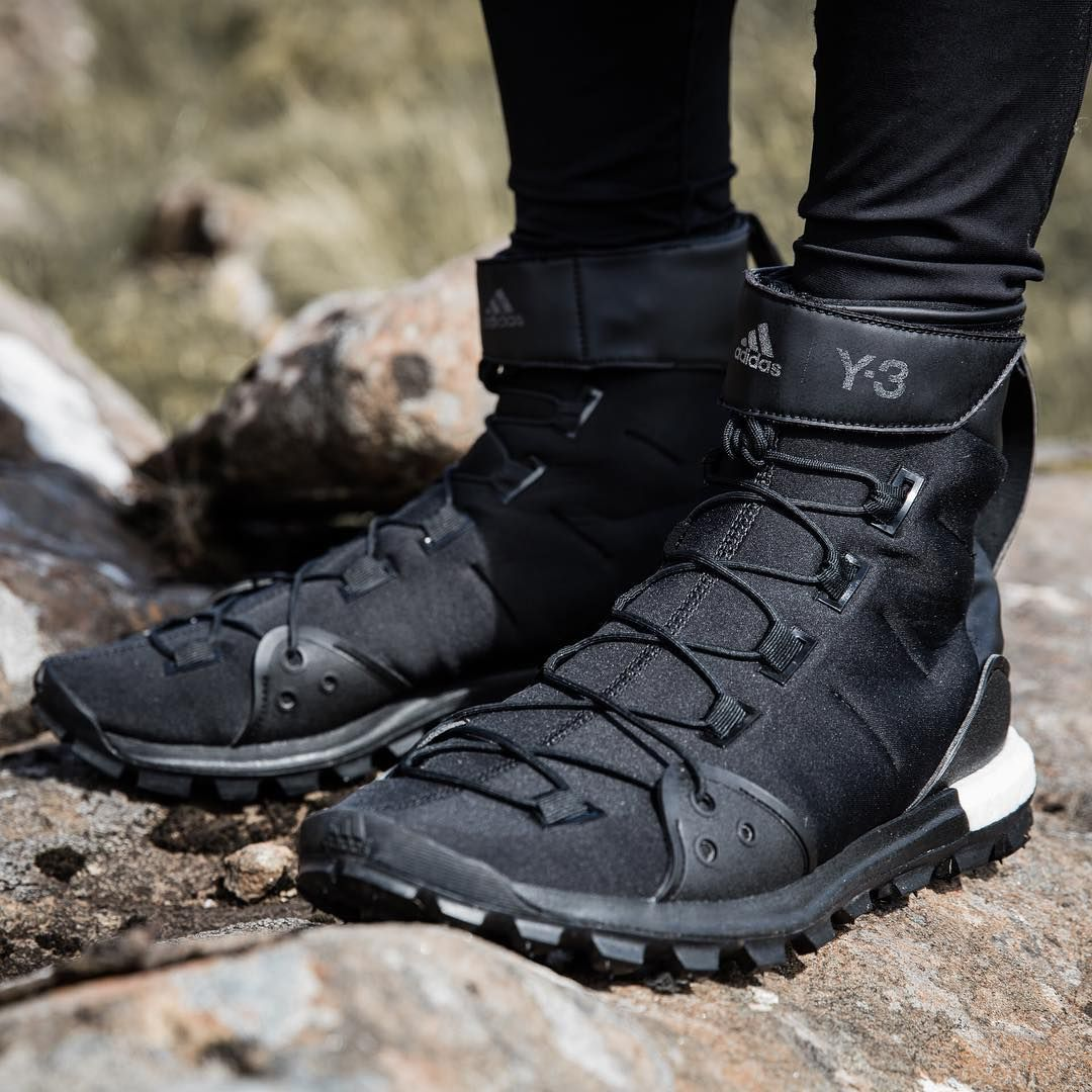 Any terrain. Any time. The Y3 Sport Trail X gives an