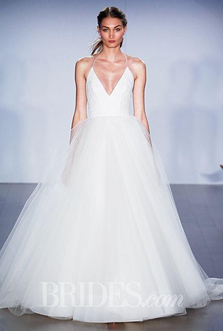 Trend Deep V Sleeveless Tulle Ball Gown Wedding Dress