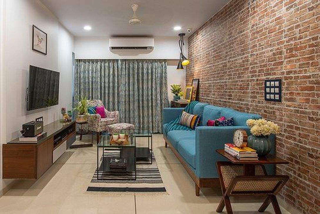 35 Rustic Space Saving Ideas For Living Room To Try Living Room Design Small Spaces Small Apartment Interior Apartment Interior Design #space #saving #ideas #living #room
