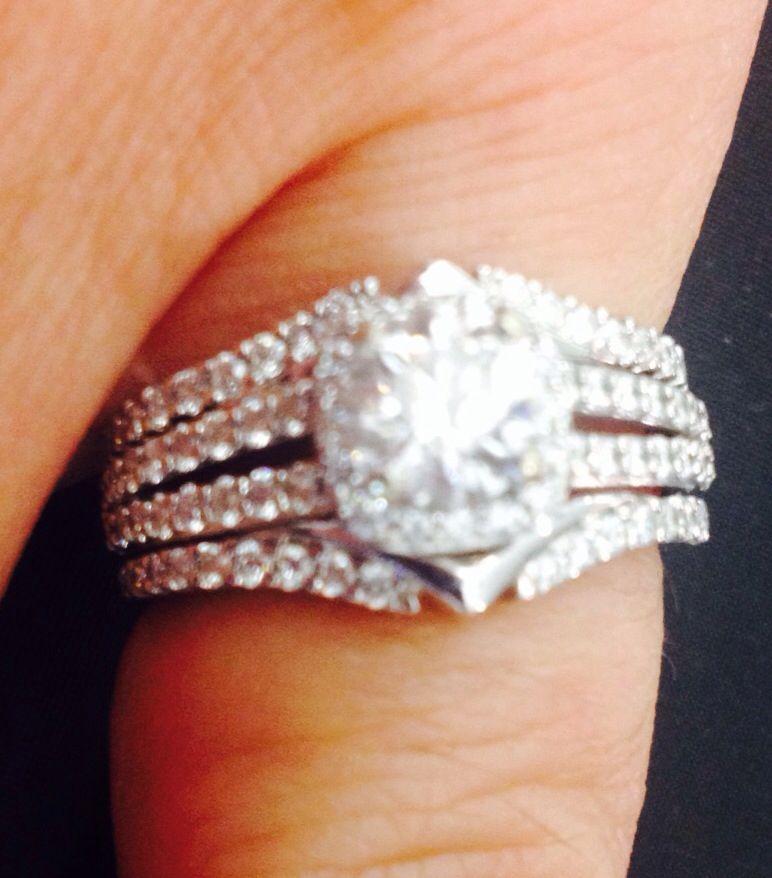 Pin By Stella Neel On Rings Split Shank Halo Engagement Ring Wedding Rings Engagement Rings