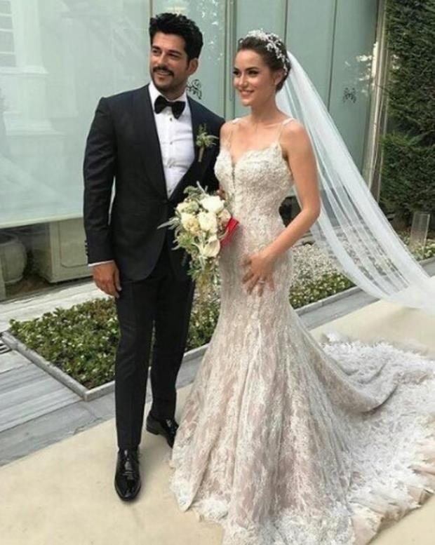 Burak Ozcivit And Fahriye Evcen Get Married Turkish Wedding
